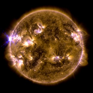 748369main_SDO_May_13_XFlare_131-171_4k